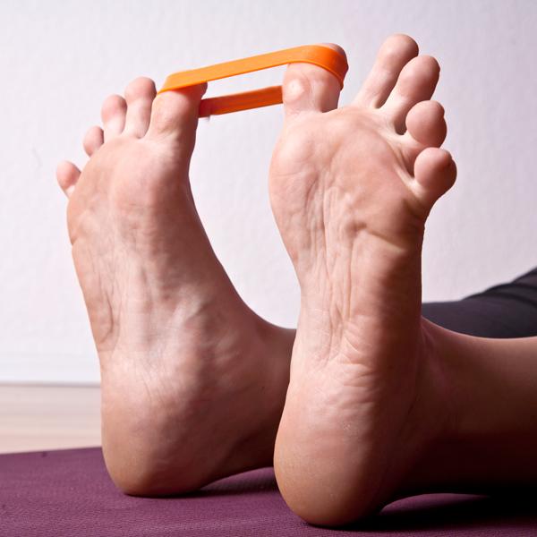 Pilates Toe Stretcher Übung für gesunde Füße