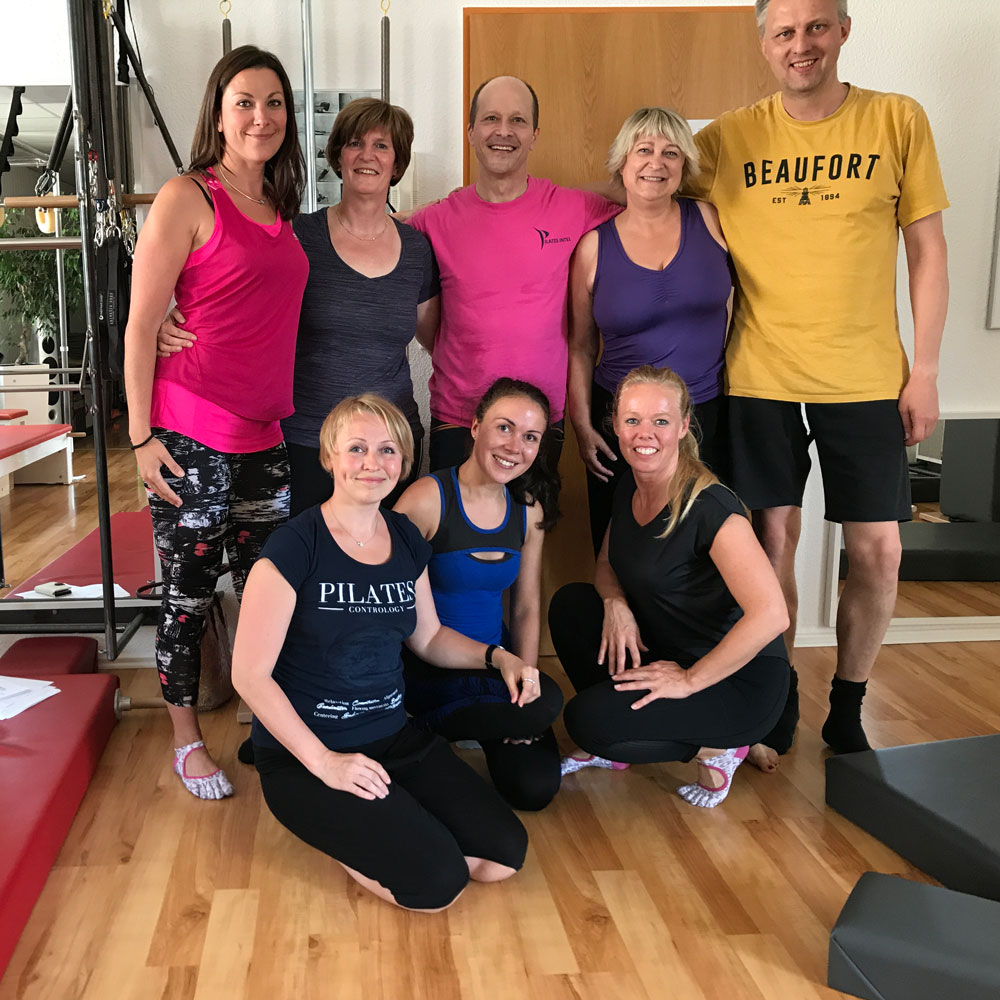 Gruppenphoto mit Inna, Kirsten, Brett, Uta, Carsten, Natalia, Olga, Eefje nach dem Workshop