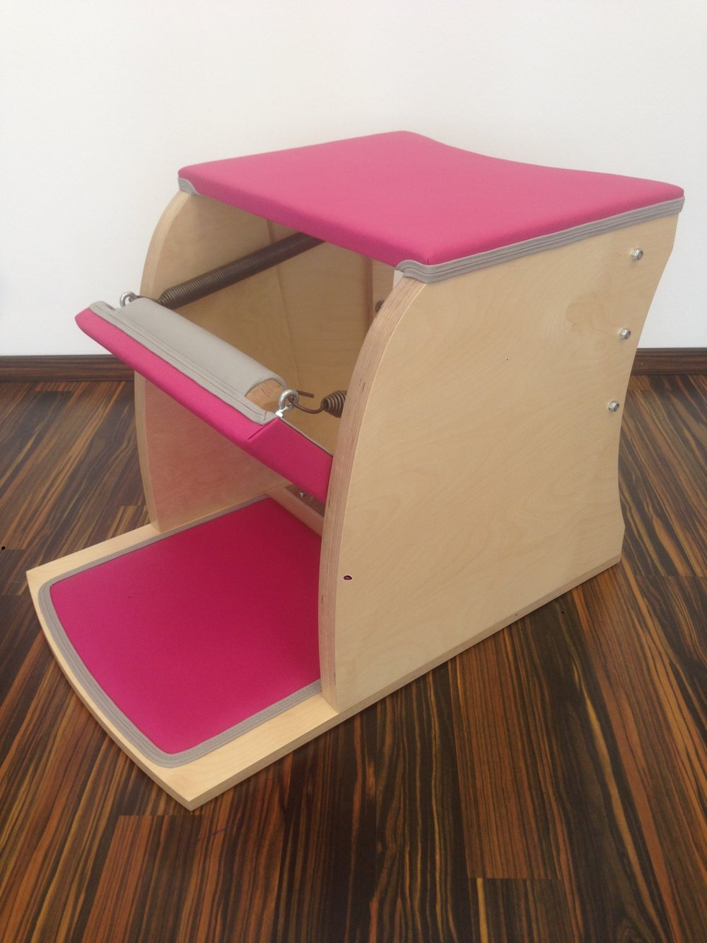 Wunda Chair Pink.JPG