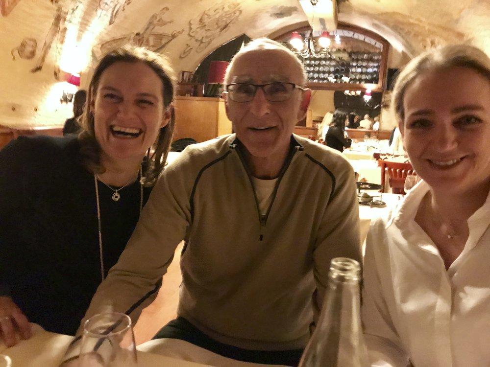 Murielle Pickard, Paul (Kathys Ehemann) und Claudia Holtmanns