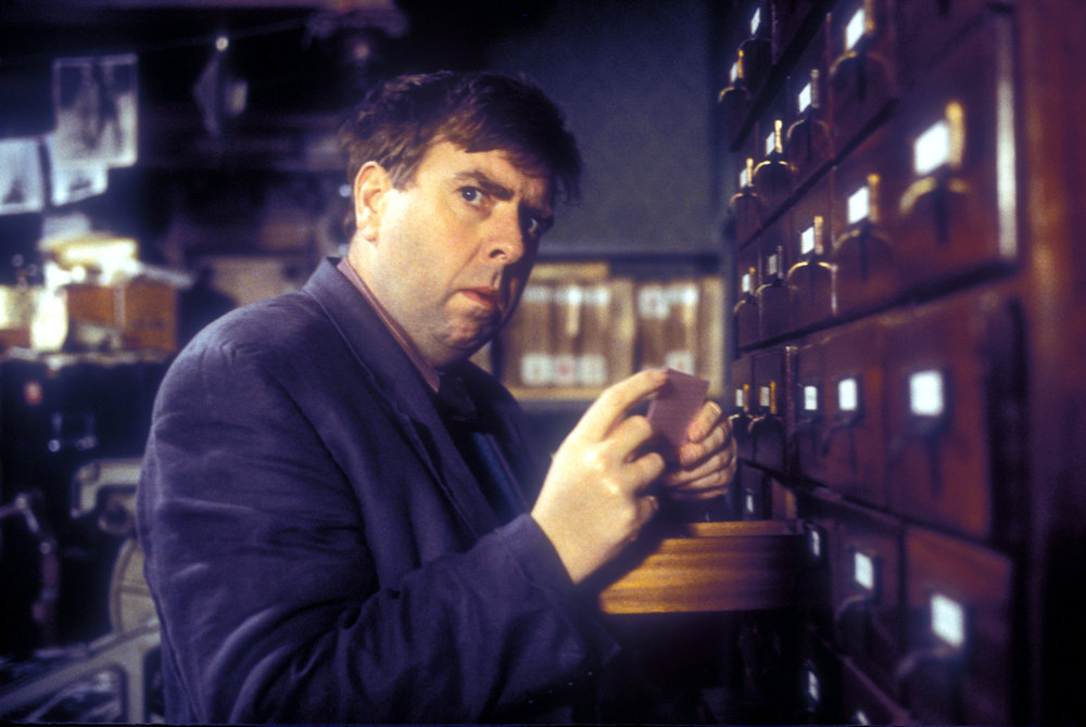 Timothy Spall in Shooting The Past (1999)