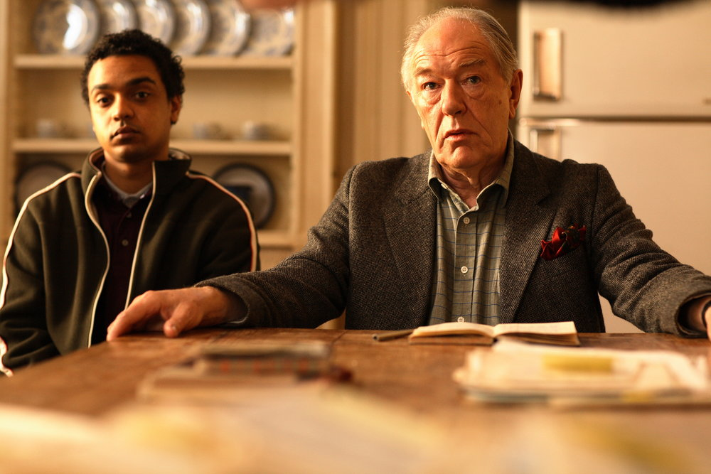 Danny Lee Wynter and Michael Gambon in Joe's Palace (2007)