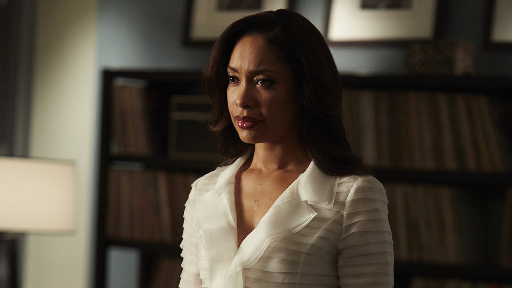 how-to-dress-like-jessica-pearson-2.jpg
