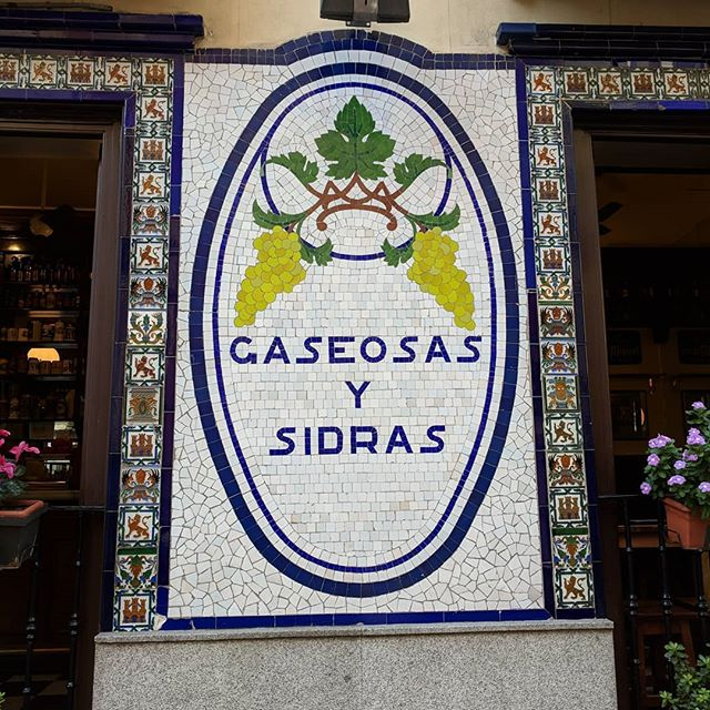 (sodas and ciders)  Come to find out: It's just as hard to find a good sidra in Madrid as it is to find a good cider in Chicago. They're out there, but it takes some looking.