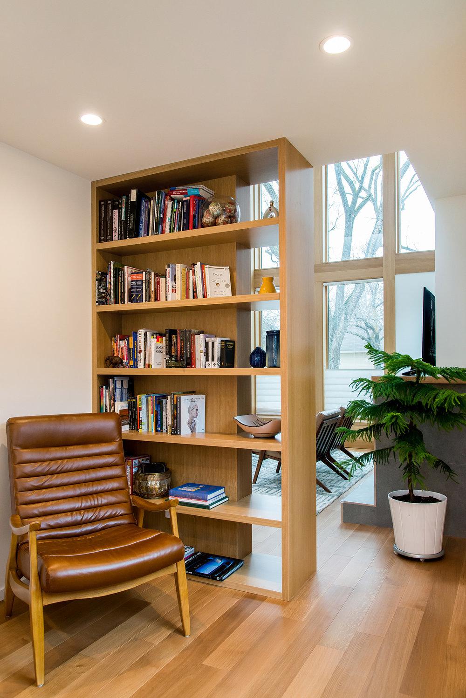 P+M Bookshelf H.jpg