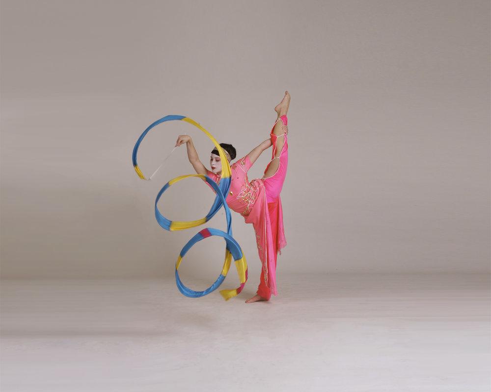 Geishas, ribbon performance 1, Divine Company.jpg