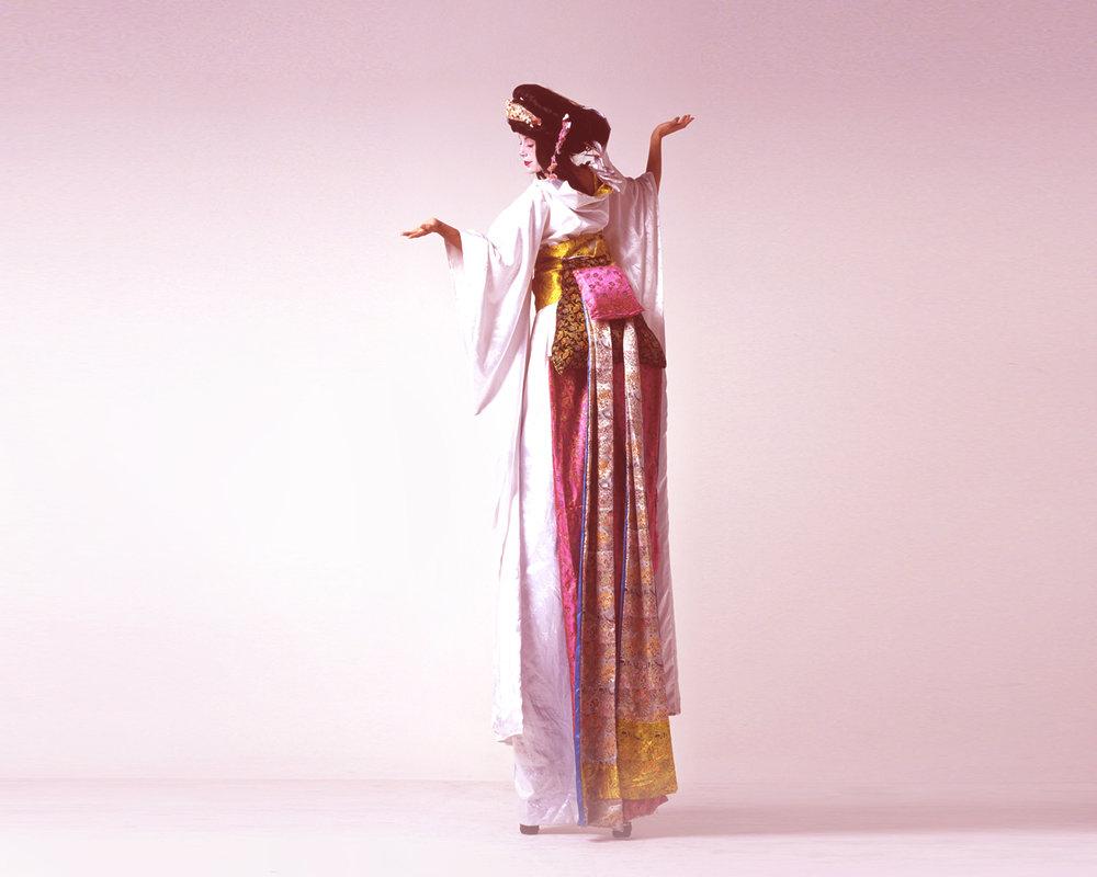 Geishas, stilt performance 3, Divine Company.jpg