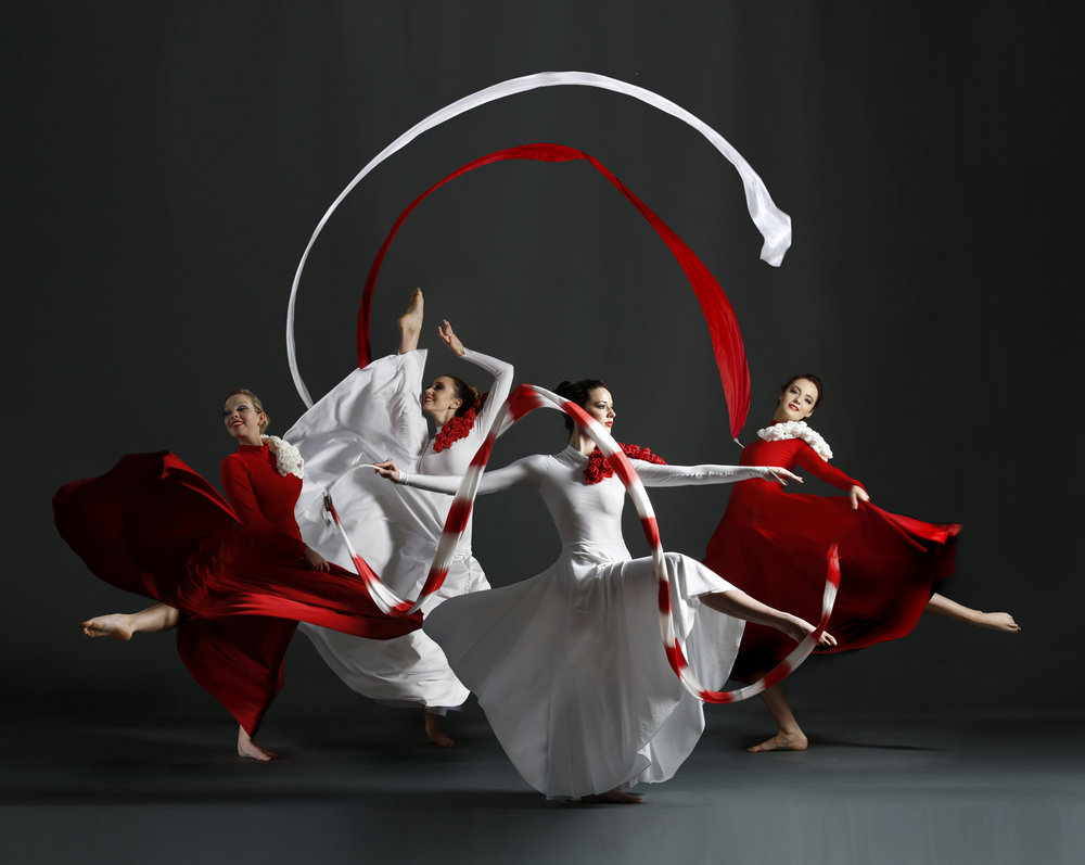 Light Emitting Dance in red and white, Divine Company - Copy.jpg