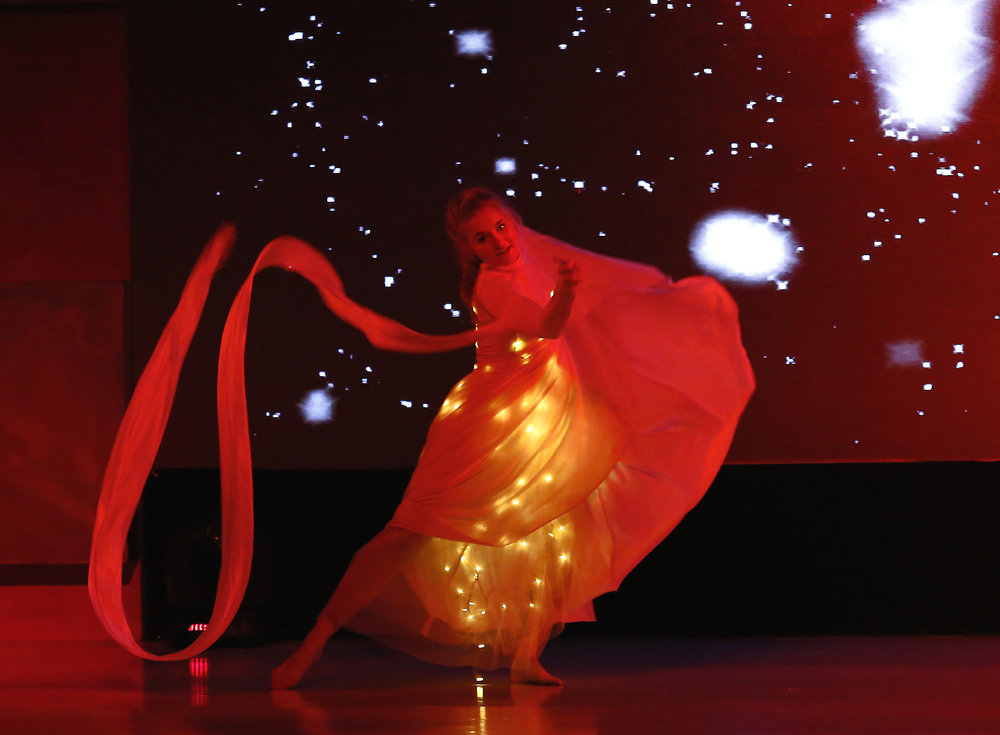 Light Emitting Dance in white live in India, Divine Company .jpg