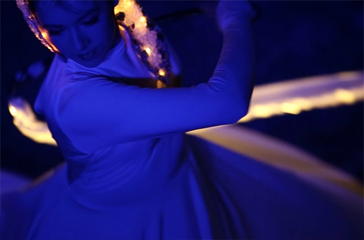 Light Emitting Dance in white with illuminated ribbons 4, Divine Company.jpg