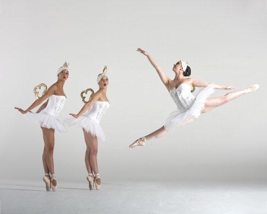 The London Cirque Ballet, Clockwork Ballet, Divine Company.jpg