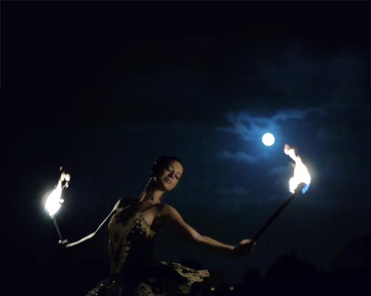 The London Cirque Ballet, fire performance 6, Divine Company.jpg