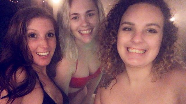 A redhead, a brunette, and a blonde go in a hot tub in a middle of January ❄️