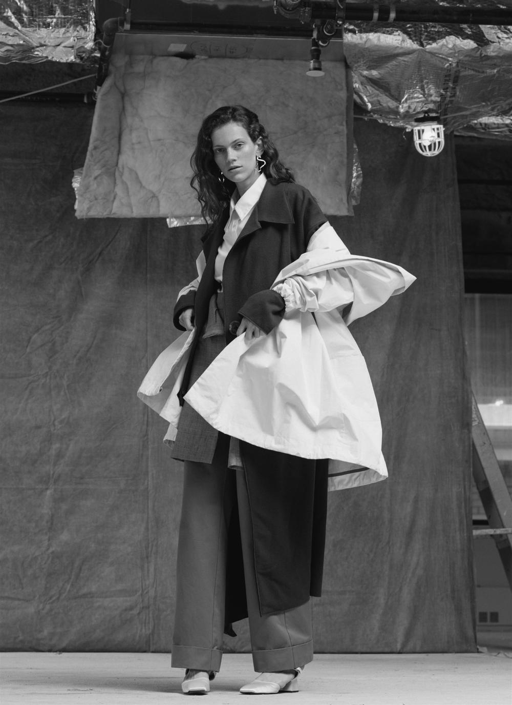 White shirt UNIFORME, white coat SUZANNE RAE, wool coat INDEX, skirt INDEX, pant PARIS GEORGIA BASICS, shoes SUZANNE RAE, earrings ODETTE.