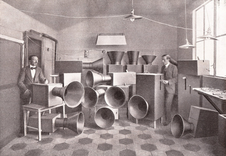 Noise_Machines-Luigi_Russolo.jpg