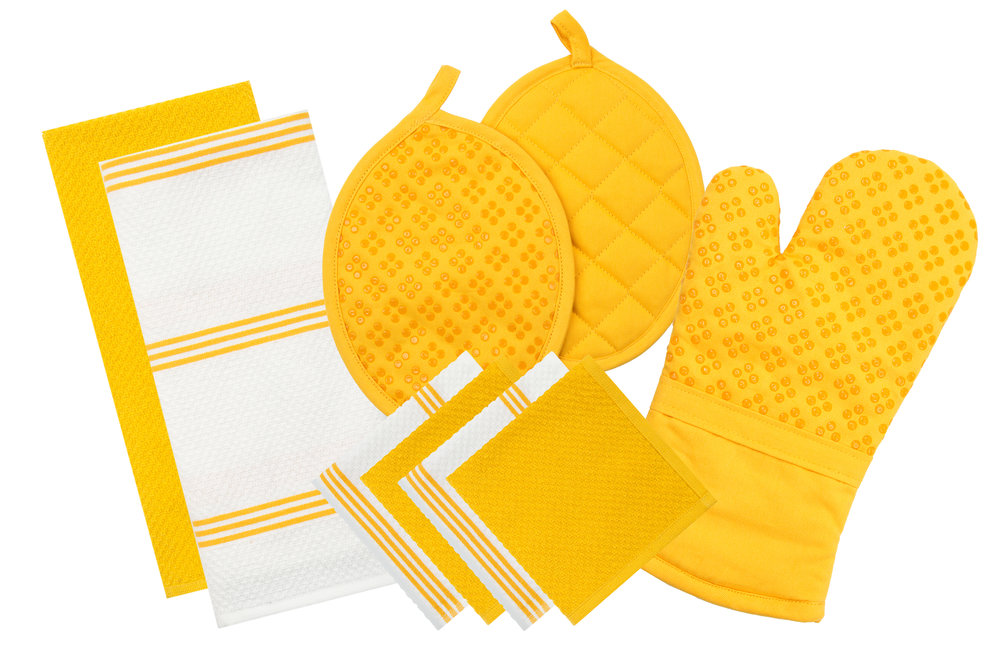 9 pc set--yellow2.JPG