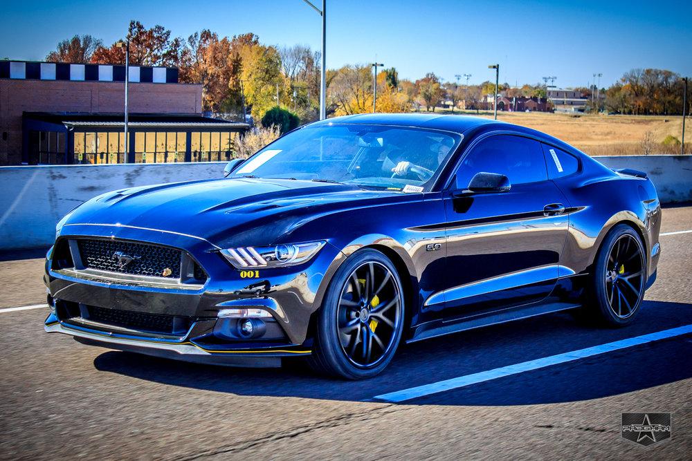 Ford Mustang GT 2.jpg