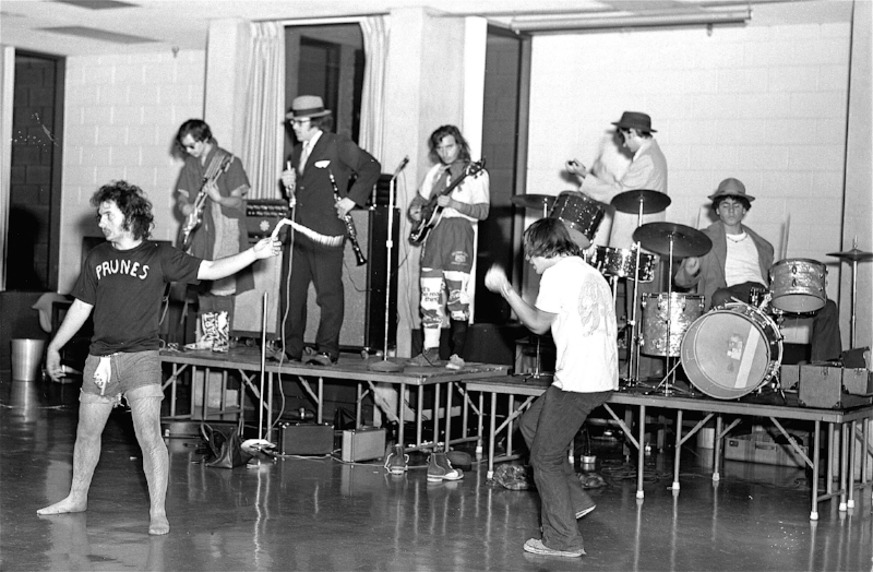 Gary Wilson and the Blind Dates at Cornell University in 1972. Carmen Putrino (vocals and guitar), Vince Rossi (guitar and vocals), Frank Roma  (saxophone and clarinet), Gary Wilson (bass and lead vocals), Phil Guidici (vocals), Chuck Santicroce (drums and percussion), and Andy Mattarel ( drums and vocals). Photo: Bill Sloma
