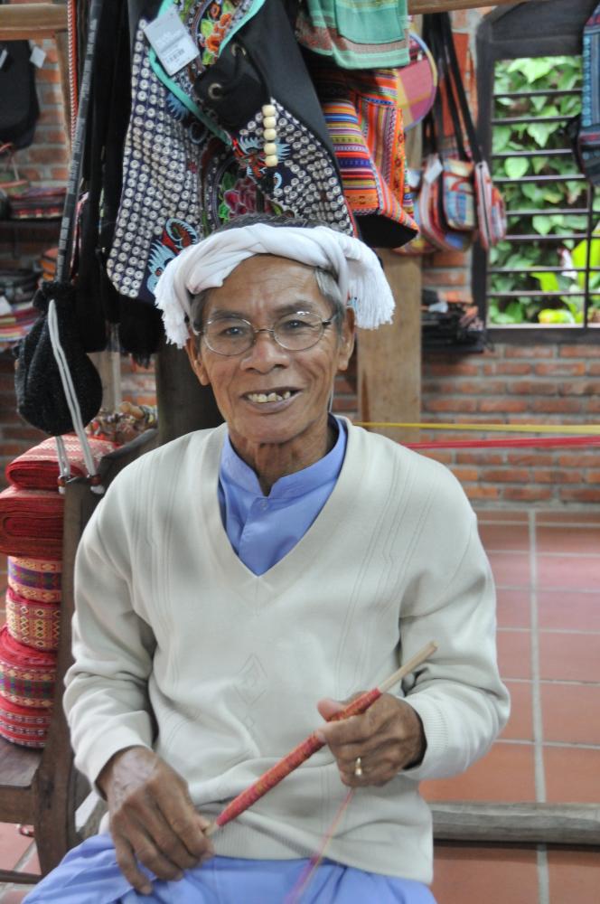 Vietnamese weaver