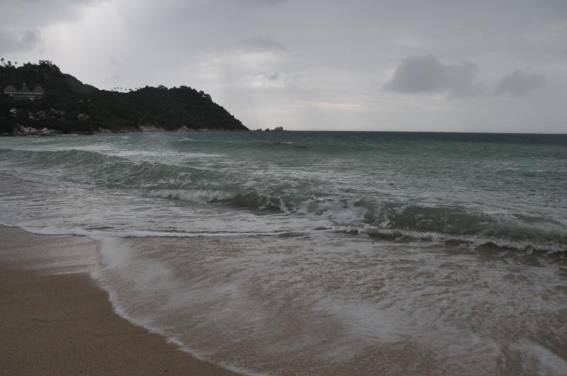 Koh Phangan - rain storm camera shoot frenzy