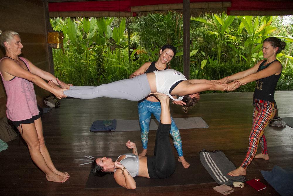 Deep acro stretch, team work makes the dream work!