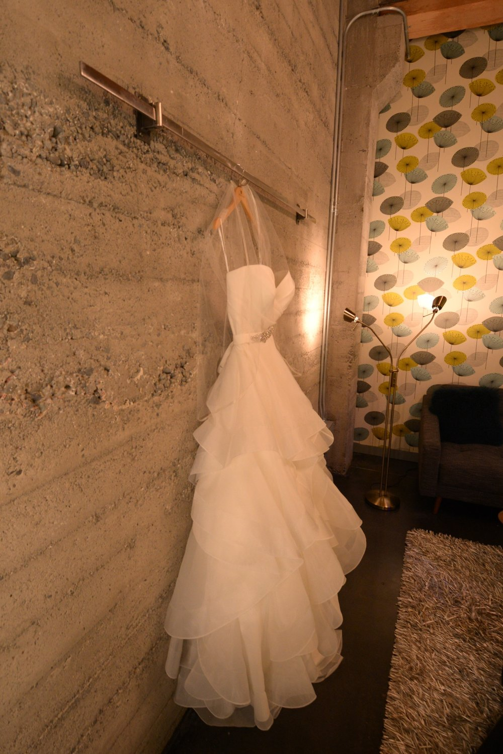block41-green-room-with-wedding-dress-1.jpg