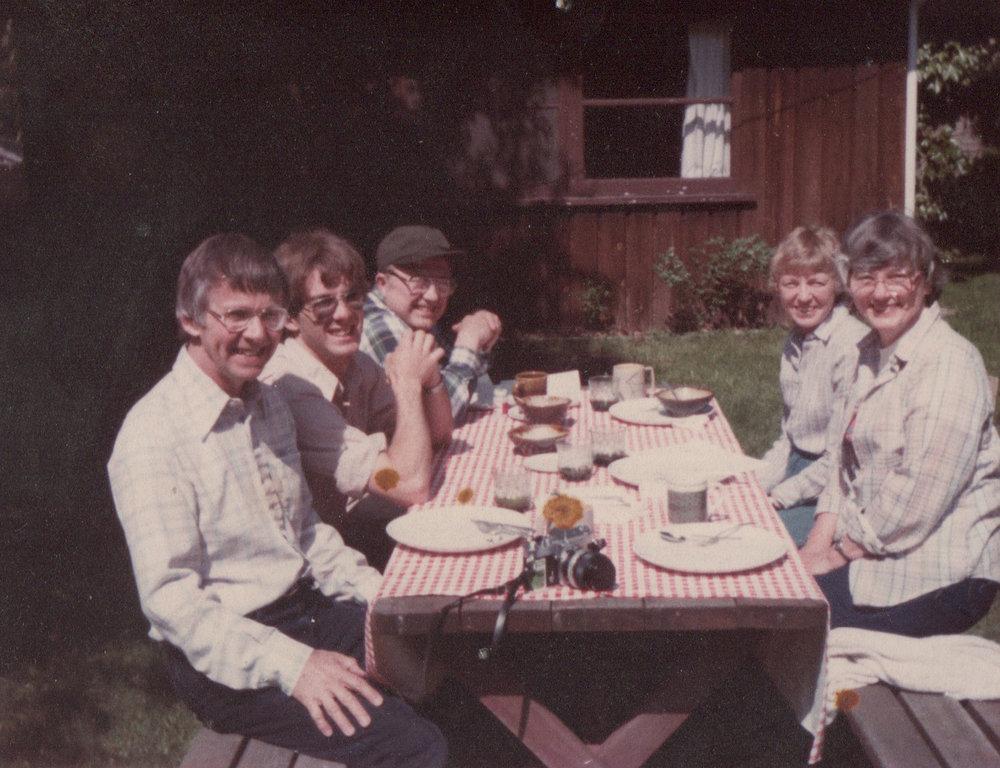 backyard picnic.jpeg