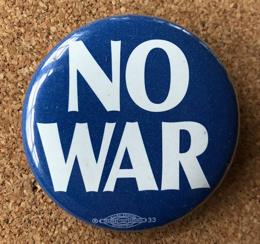 Button: No War