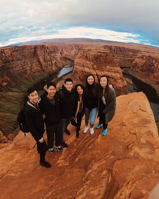 【📍ARIZONA📍】Snippets from our short but sweet weekend in Arizona! We checked out a basketball game, nightlife in Scottsdale, Antelope Canyon, Horseshoe Bend, and ate lots of BBQ along the way. 🏜️