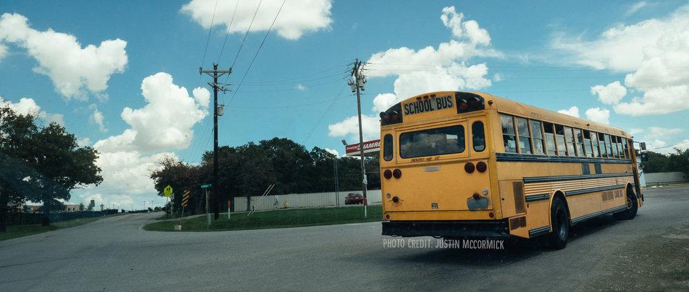 header_bus8.jpg