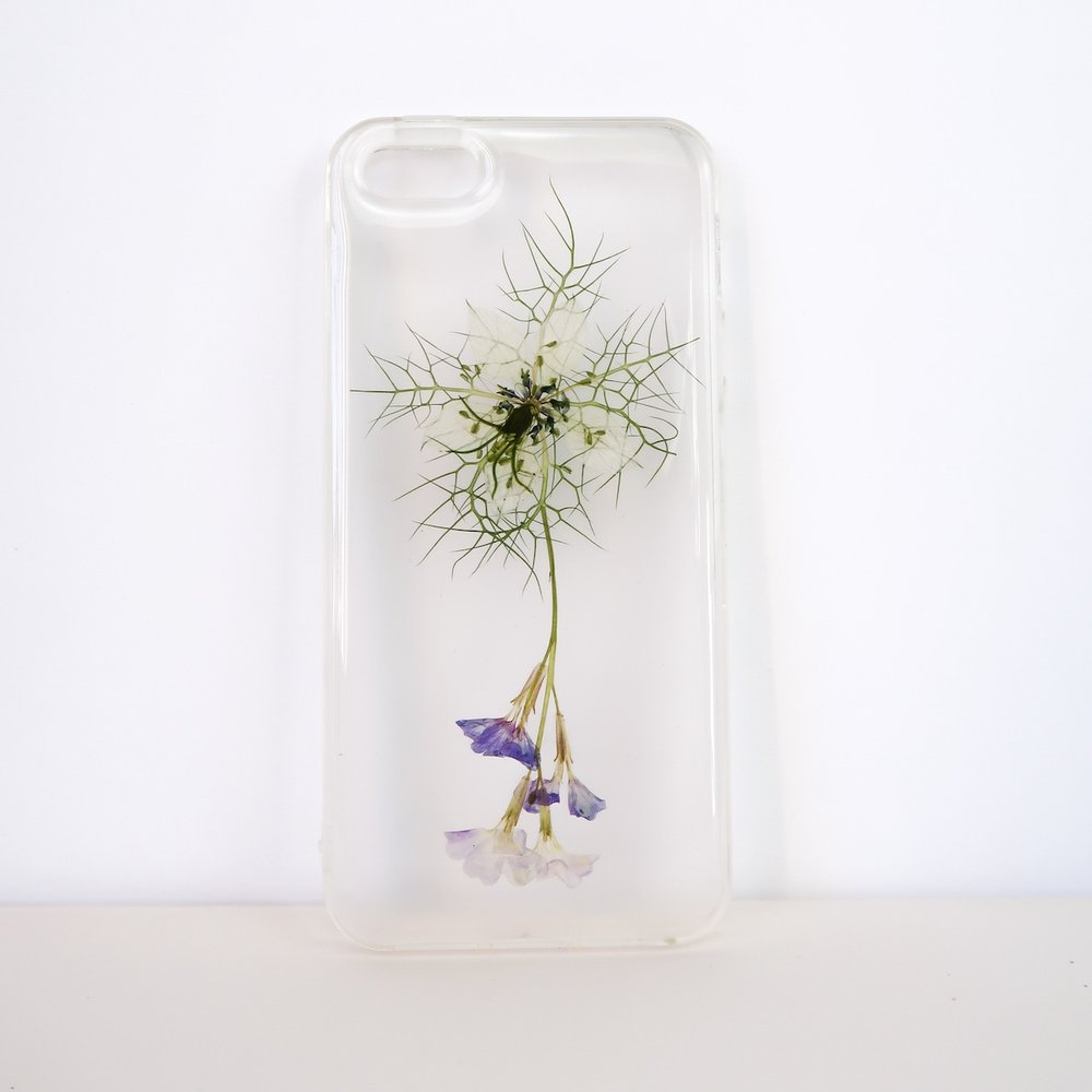 wildflower pressed flower phone case.jpg