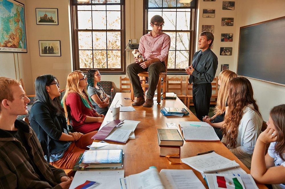Professor Ian Helfant Teaches First Semester Russian, Hamilton, New York