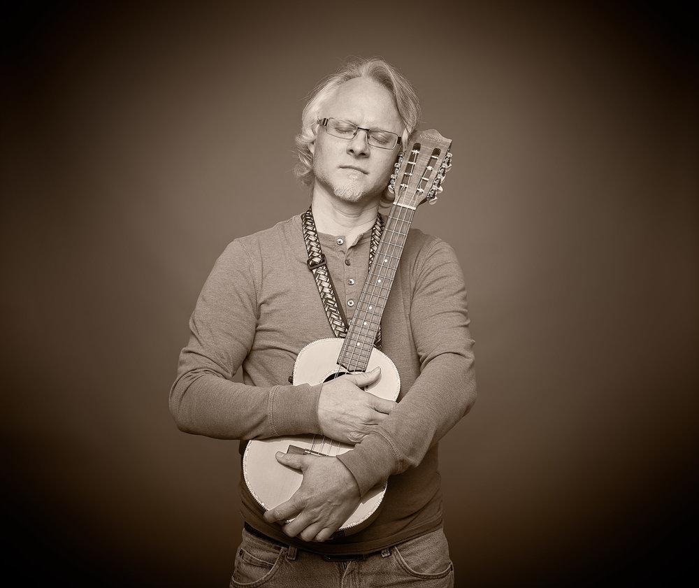 Musician FiL Wisneski