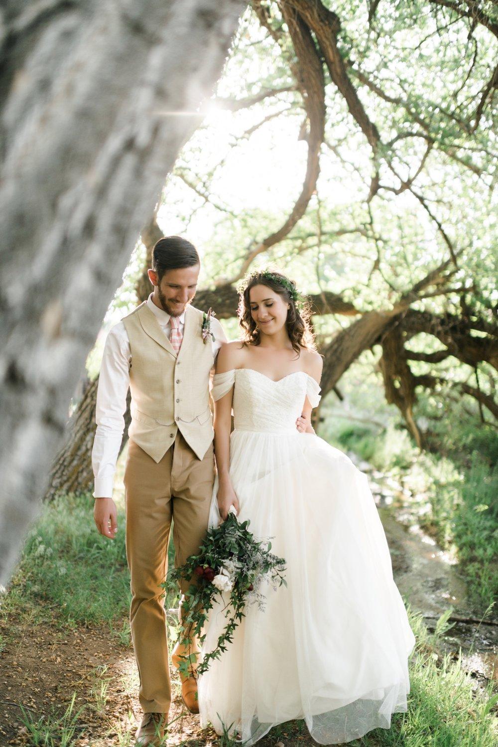 Josh&Lydia-1295.jpg