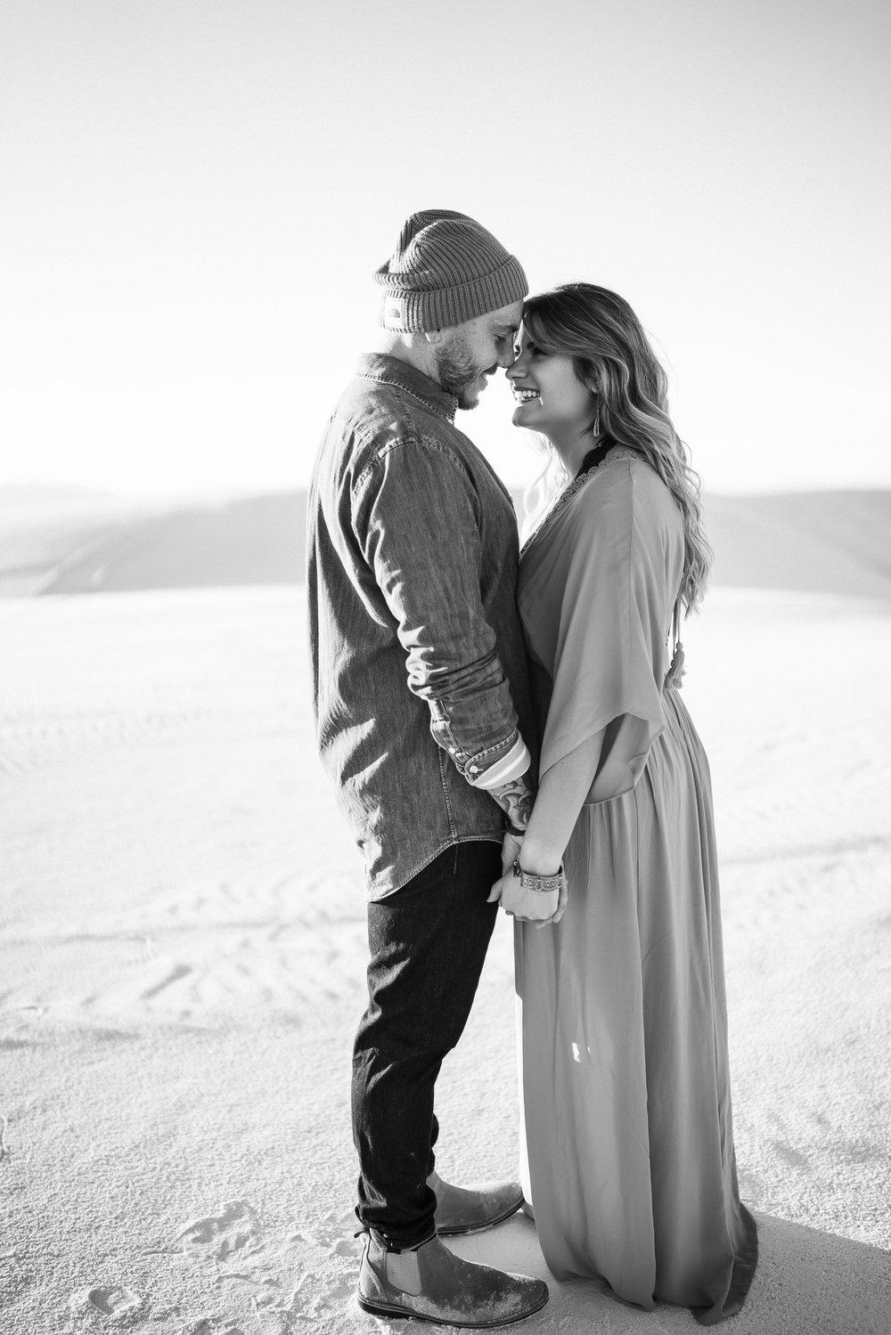 Jon&LettyWhiteSands-1083.jpg