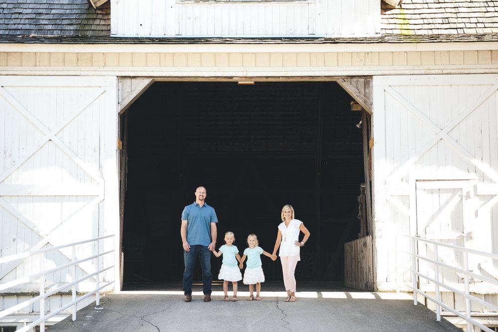 LisaDiederichPhotography_colvins_familyphotography-2.jpg