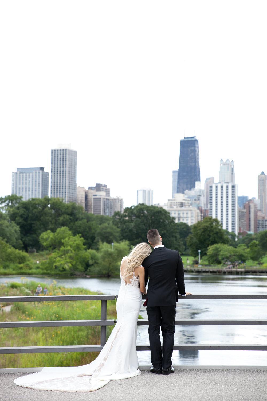 LisaDiederichPhotography_Kathryn&Charlie_ChicagoWeddingPhotographer-31.jpg
