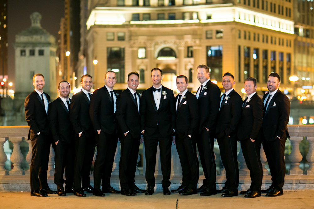 LisaDiederichPhotography_Meghan&Pete_ChicagoWedding_Blog-40.jpg