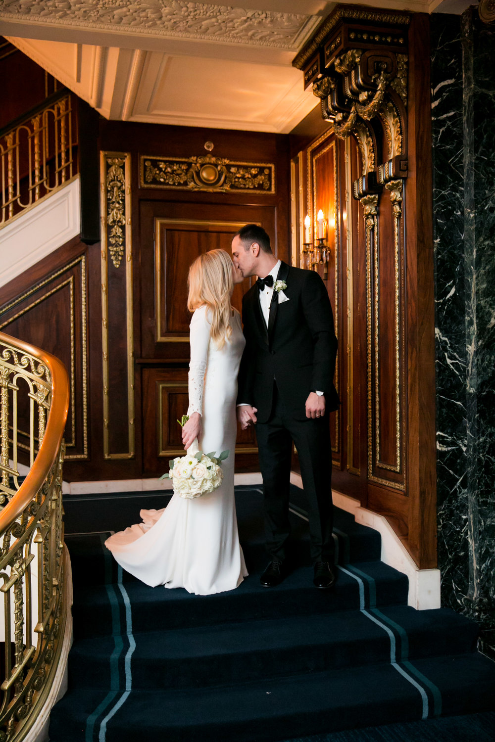 LisaDiederichPhotography_Meghan&Pete_ChicagoWedding_Blog-42.jpg
