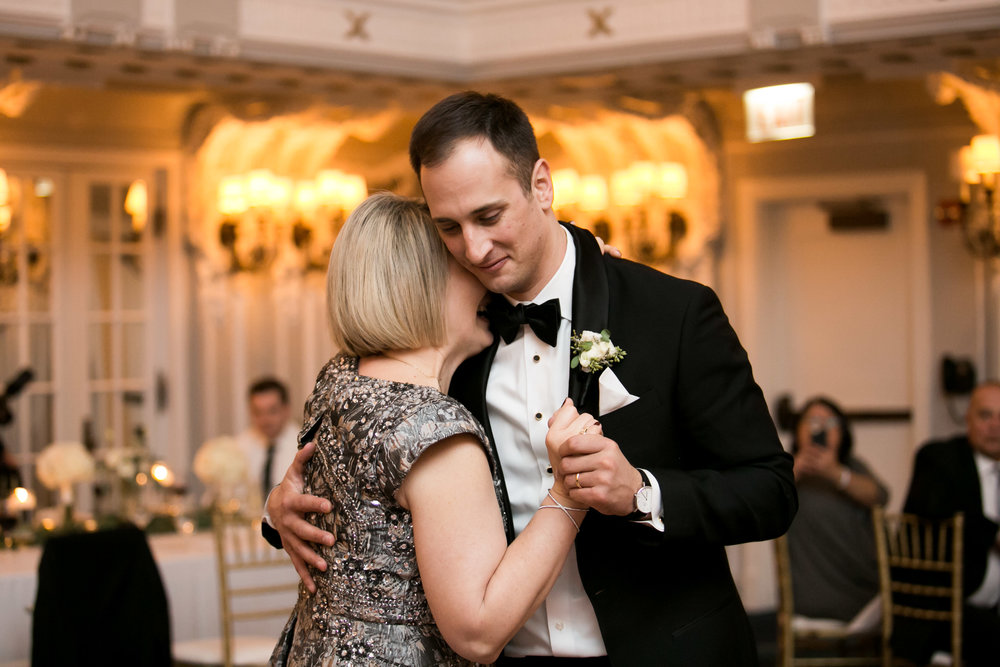 LisaDiederichPhotography_Meghan&Pete_ChicagoWedding_Blog-65.jpg