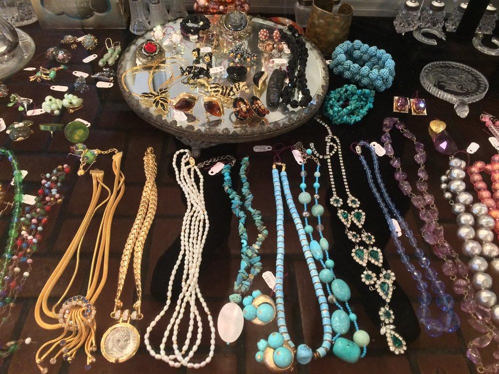 more jewelry (5).JPG