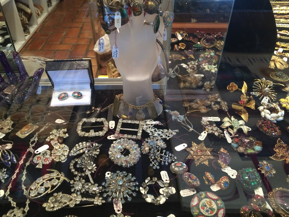 Vintage Jewelry (8).JPG