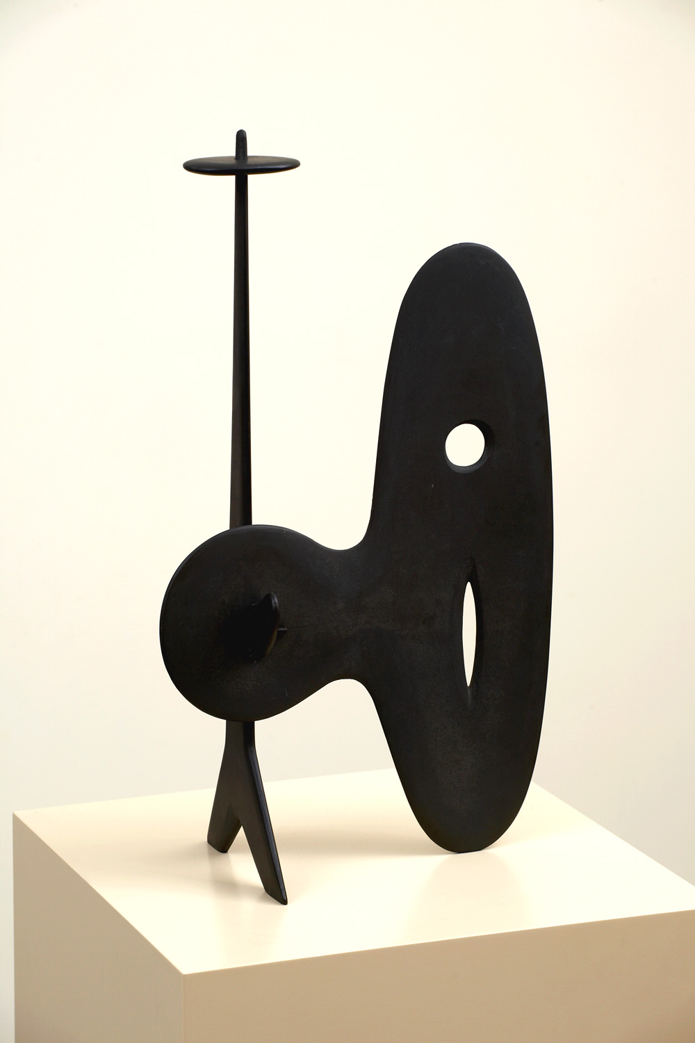 ISAMU NOGUCHI  (1904 - 1988)   Untitled , c. 1945 Slate 19 1/4 x 11 x 6 inches Newark Museum, Newark, NJ