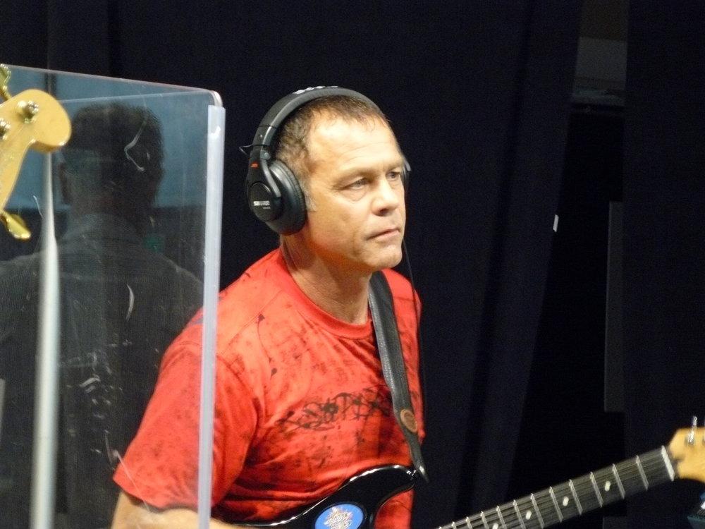 Gary Santo-Pietro lays it down live