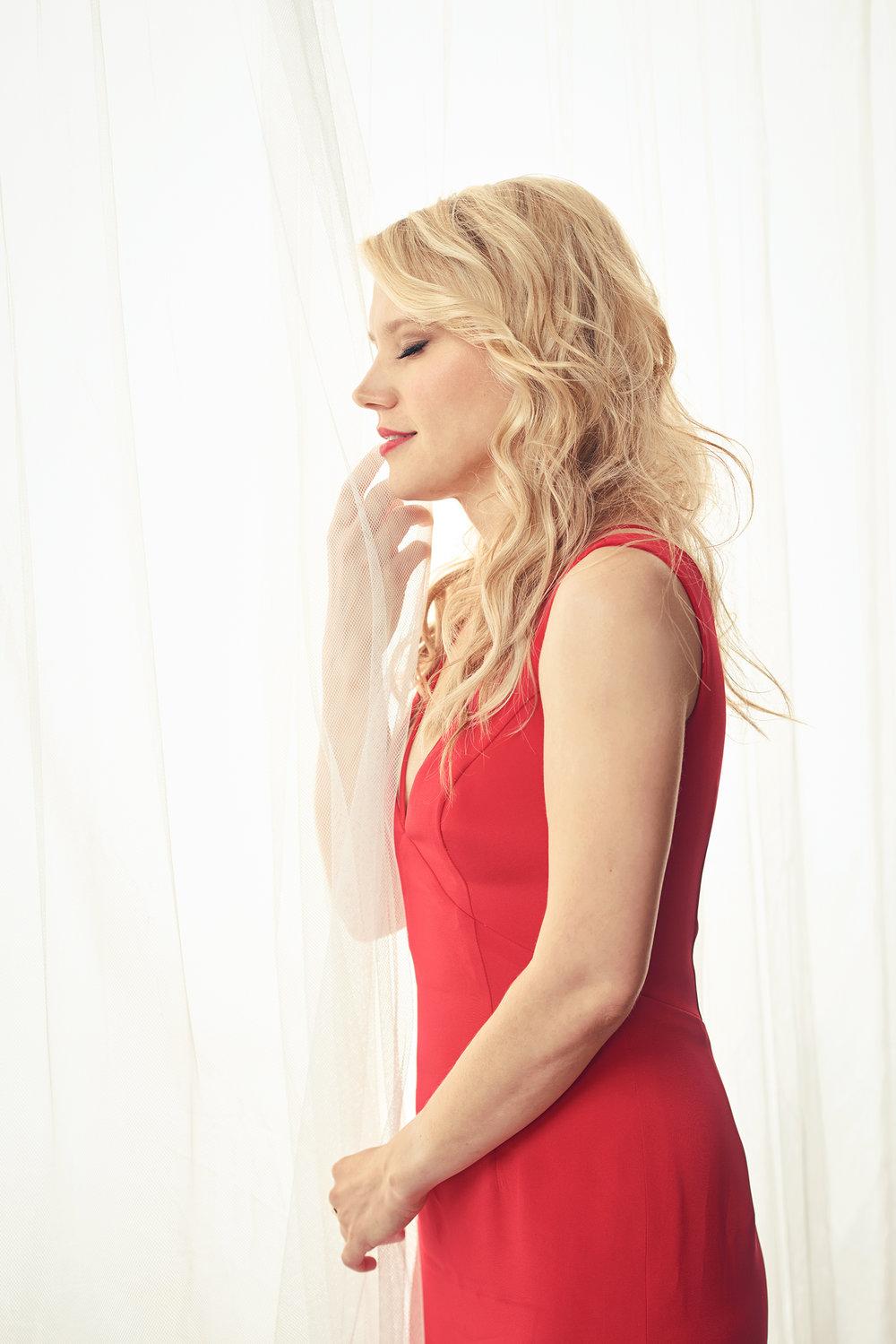 FILE_Kate McKinnon Emmys 201738123.jpg