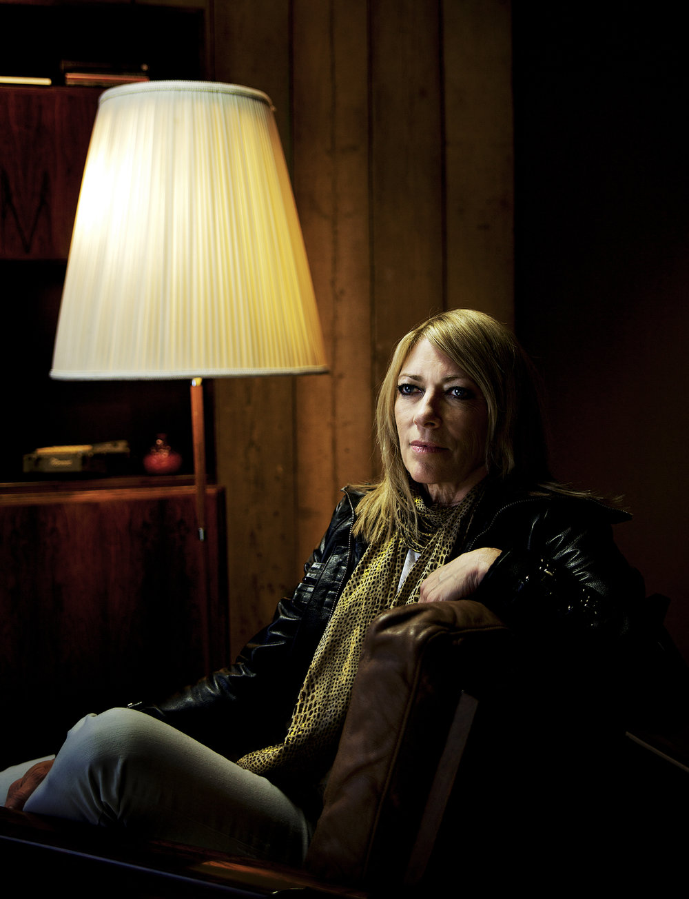 kim gordon  right.jpg