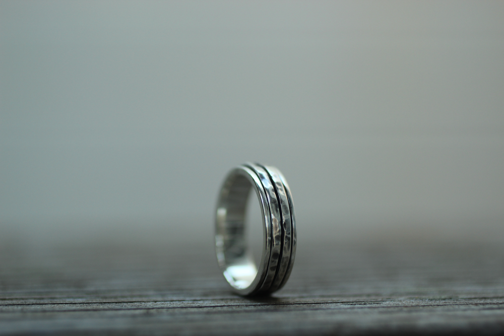 5mm Spinner Ring w/ Partially Oxidized Finish