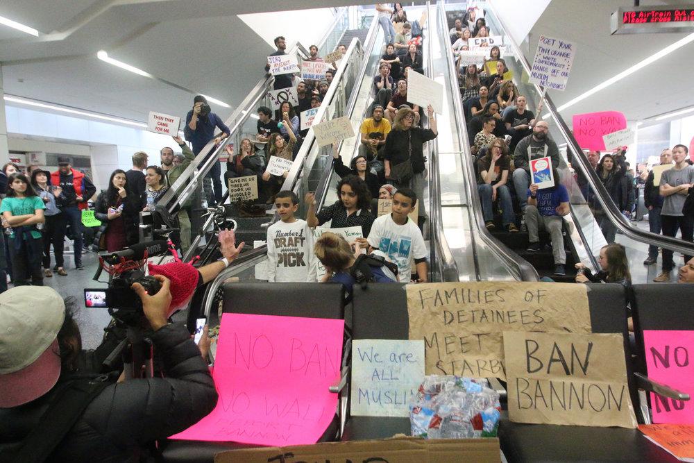 protestors at san francisco international airport