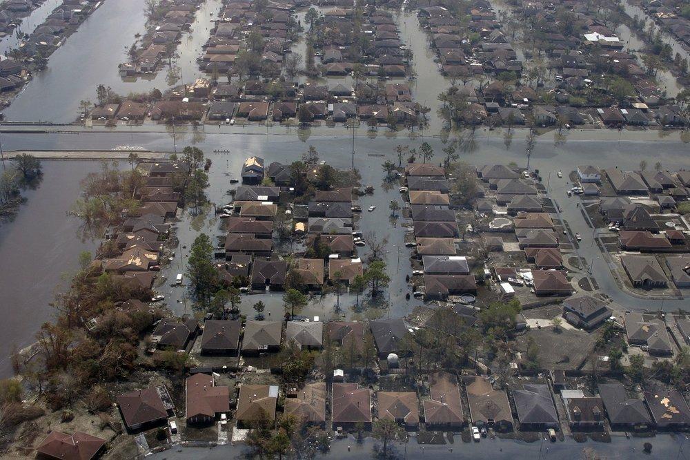 hurricane-katrina-180538_1280.jpg