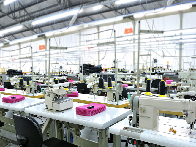 A garment factor in Brazil. photo: ziviani /shutterstoc